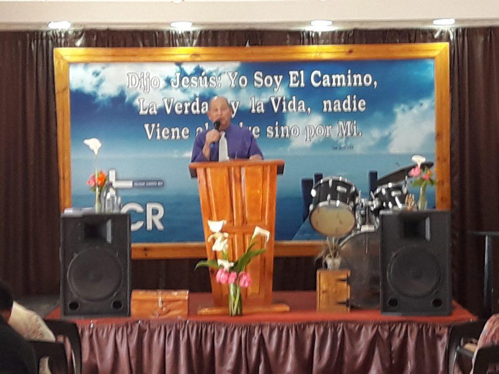 reunion-iglesia-cristo-rey-domingo-30-10-2016-1-1024x768